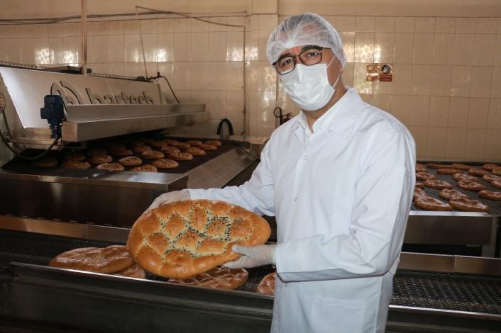 İhtiyaç sahiplerine sınırsız ekmek