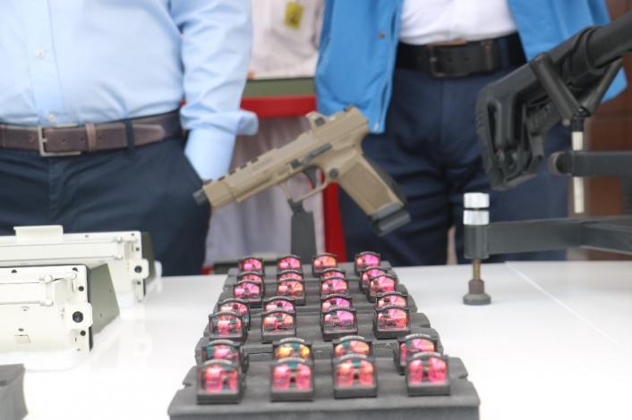 İlk üretim, yerli ve milli silah parçaları törenle teslim edildi