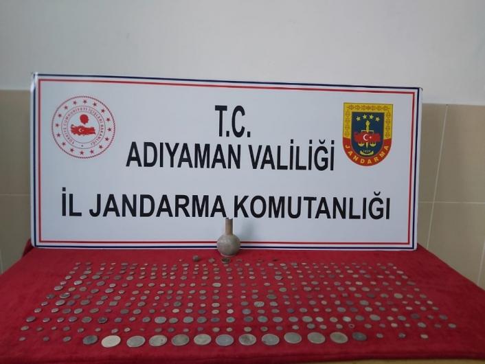 Jandarma ekiplerinden tarihi eser operasyonu