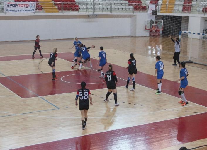 Kadınlar Hentbol Süper Ligi: Sivas Belediyespor: 26 - Anadolu Üniversitesi GSK: 41