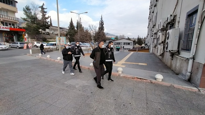 Kahramanmaraş merkezli tefeci operasyonu: 5 gözaltı