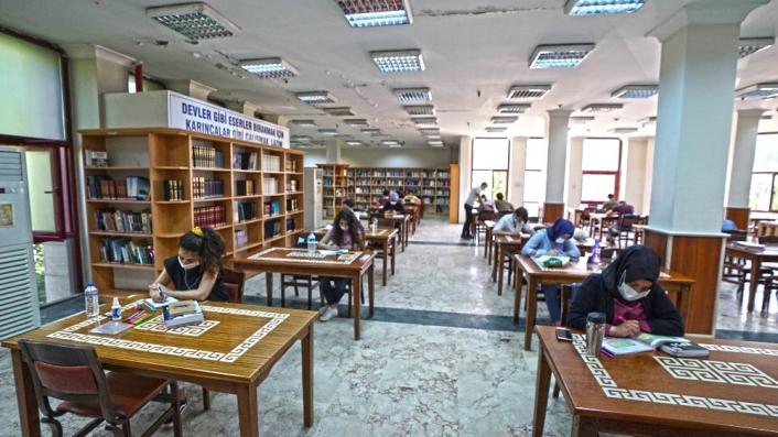 Kahramanmaraş´ta 25 kütüphane yarıyıl tatilinde açık
