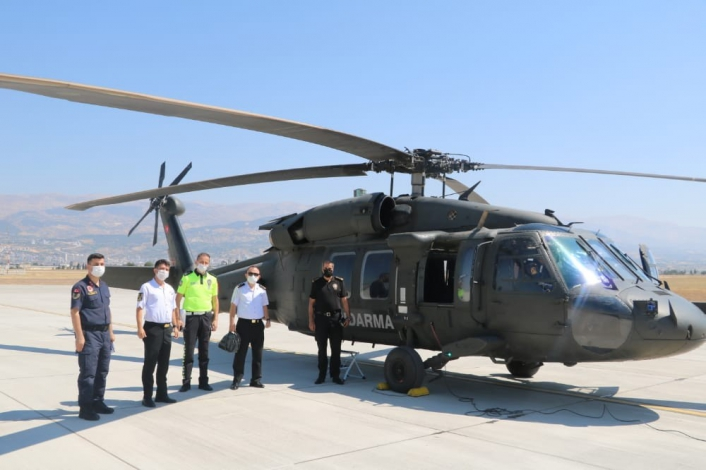 Kahramanmaraş´ta helikopter ile havadan trafik denetimi