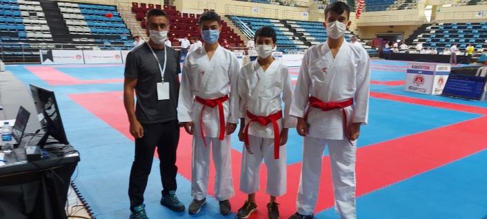 Karateciler Yalova´da Sivas´ı temsil edecek
