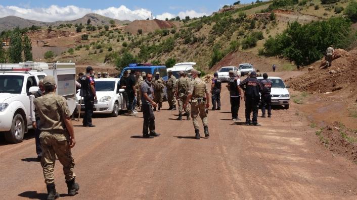 Kayıp genç 300 kişilik ekiple aranıyor