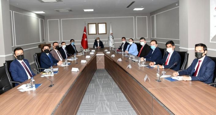 Kaymakamlar Vali Mahmut Çuhadar başkanlığında toplandı