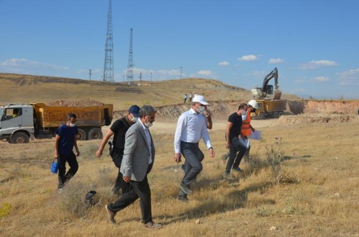 Kaynarca spor kompleksinde inşaat çalışmaları son hız devam ediyor