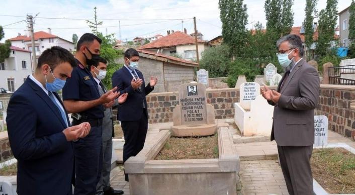 Kıbrıs kahramanlarından Polat paşa mezarı başında anıldı