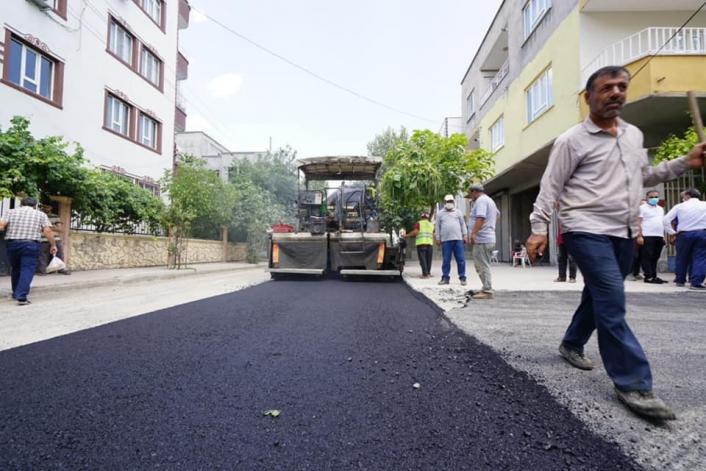 Kılınç, asfaltlama çalışmalarını inceledi