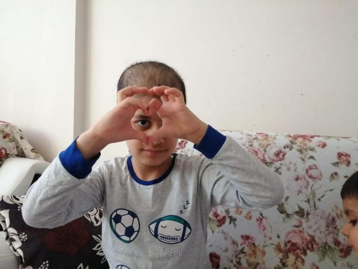 Küçük Taha, tedavisini üstlenen Cumhurbaşkanı Erdoğan´ın doğum gününü kutladı