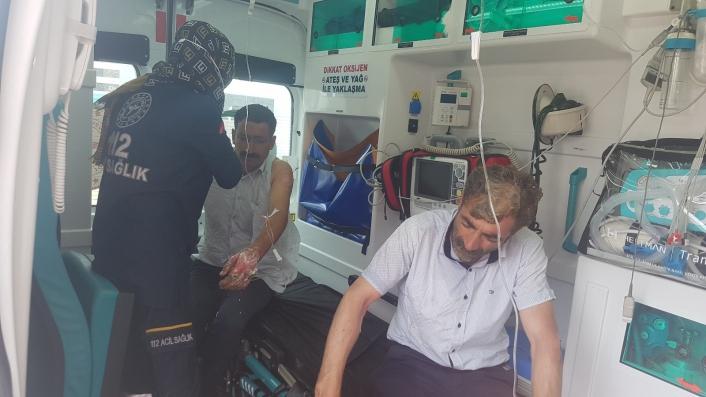 LPG´li otomobil bomba gibi patladı: 3 yaralı