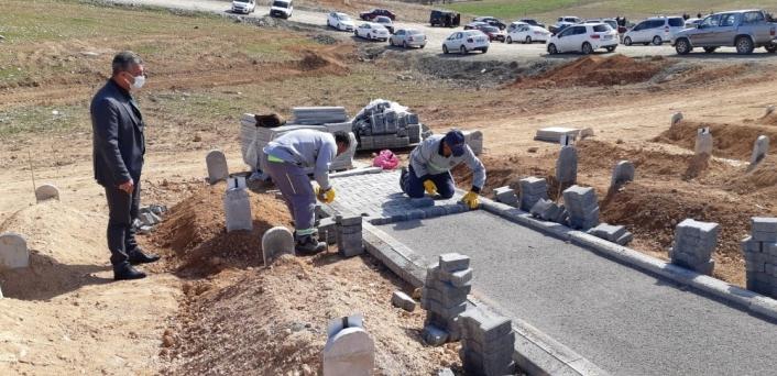 Malatya Büyükşehir´den mezarlıklara bakım ve temizlik çalışması