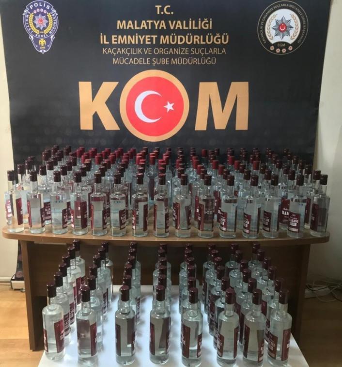 Malatya´da onlarca şişe kaçak içki ele geçirildi