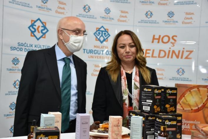 Malatya Turgut Özal Üniversitesi´ ´3. Verimlilik ve Teknoloji Fuarı´nda