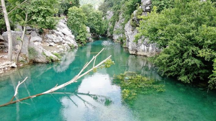 Mavi ve yeşilin buluştuğu yer `Kanlıbüvet Kanyonu´