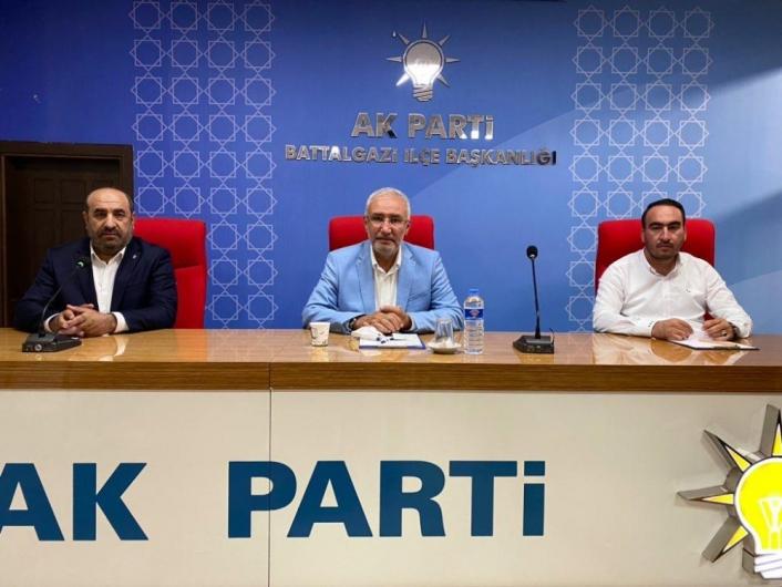 Milletvekili Kahtalı´dan AK Parti İlçe teşkilatına ziyaret