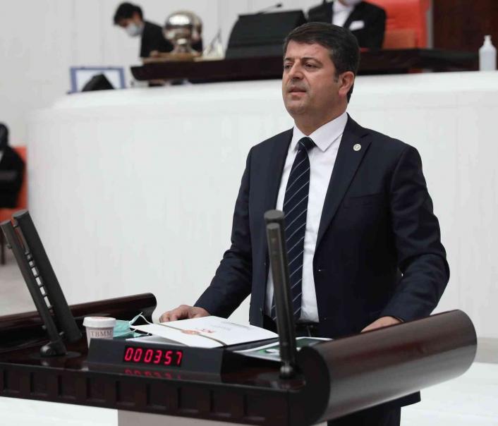 Milletvekili Tutdere Gerger halkının su sorununu gündeme getirdi