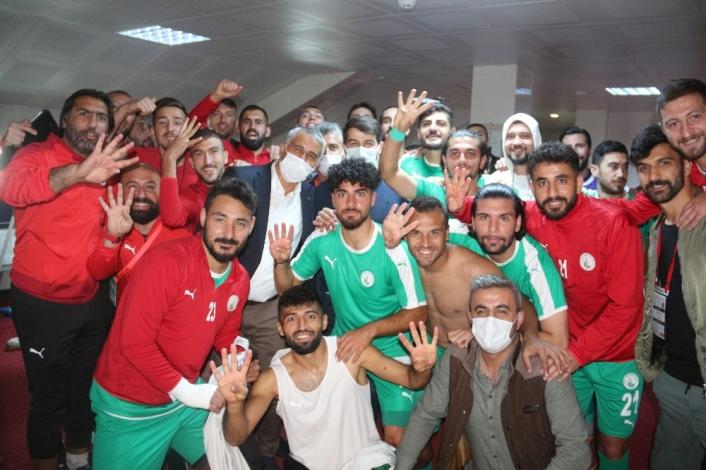 Misli.com 2. Lig: Sivas Belediyespor: 4  - Turgutluspor: 0