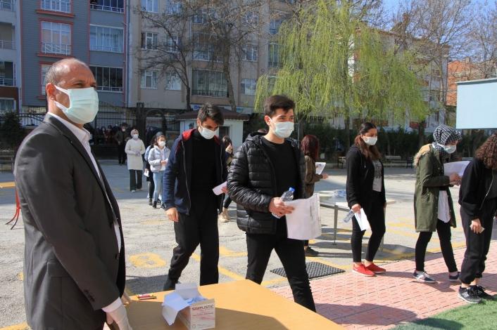 Öğrenciler, Milli Savunma Üniversitesi´ne girmek için ter döktü