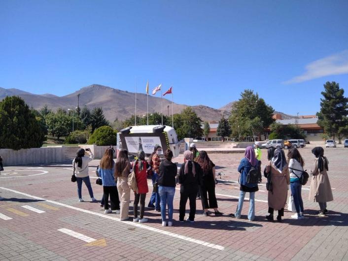 Öğrencilere trafik kuralları bilgilendirmesi