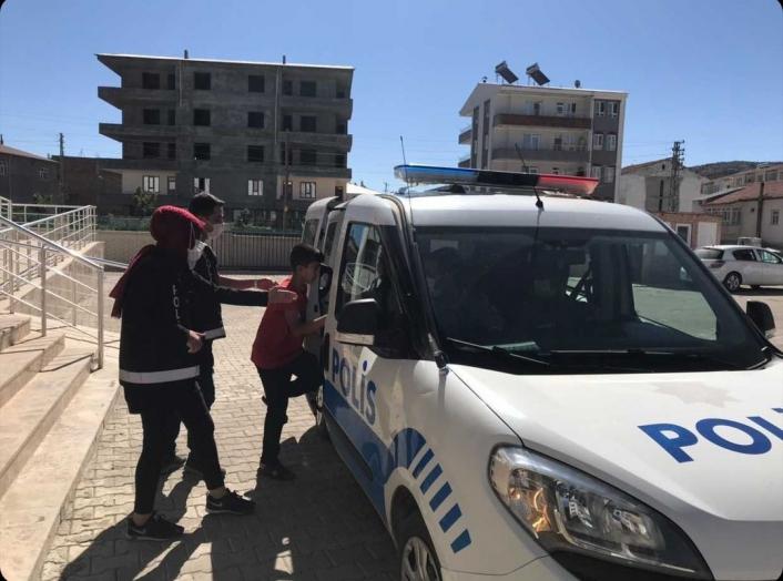 Öğrenciyi sınava polis ekipleri yetiştirdi