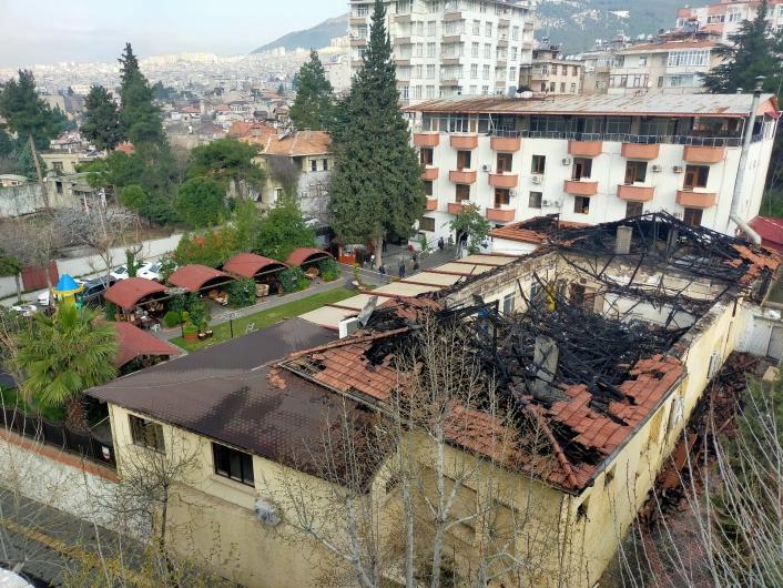 Ordu evindeki yangının boyutu gün ağarınca ortaya çıktı