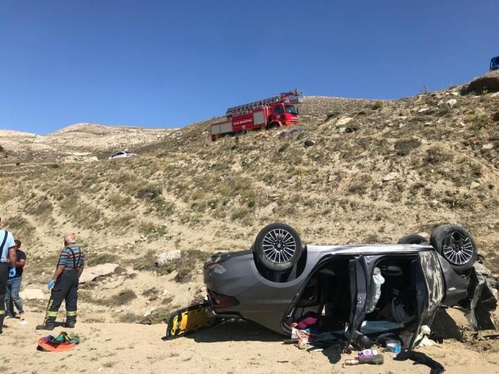 Otomobil 20 metreden şarampole uçtu: 1 ölü 5 yaralı