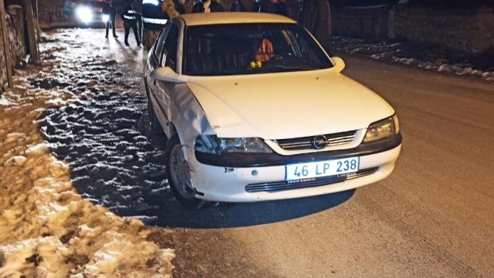 Otomobilin çarptığı genç yaşamını yitirdi