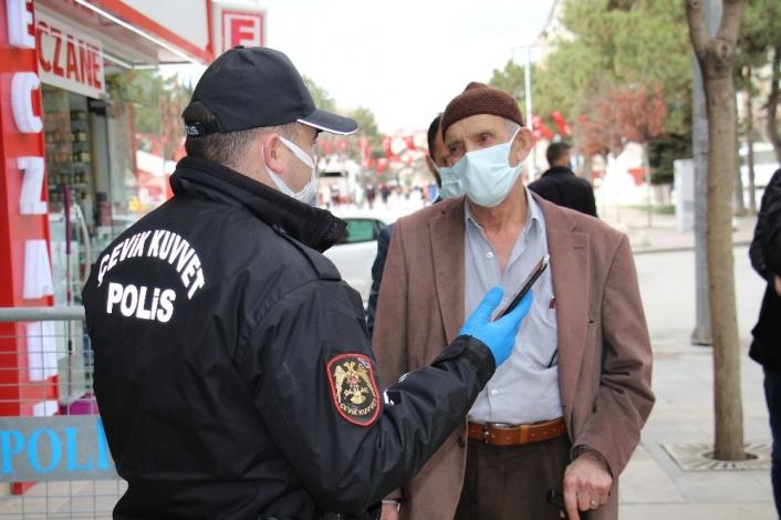 Pandemi ile mücadelede yeni tedbir sokakta