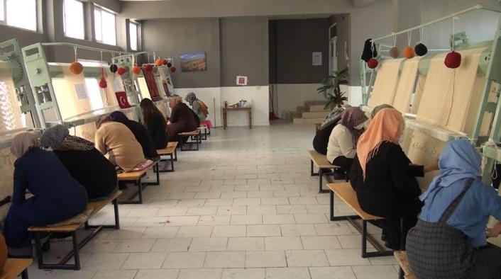 Pütürge´de halı dokuma kursu ile kadınlara iş imkanı