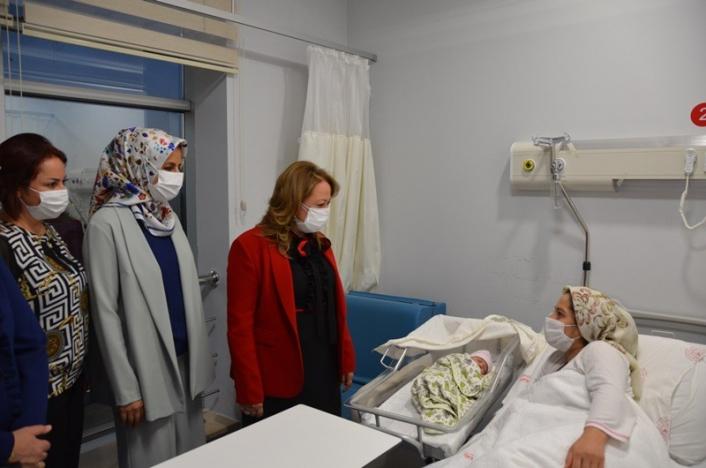 Rektör Karabulut´tan hastane ziyareti