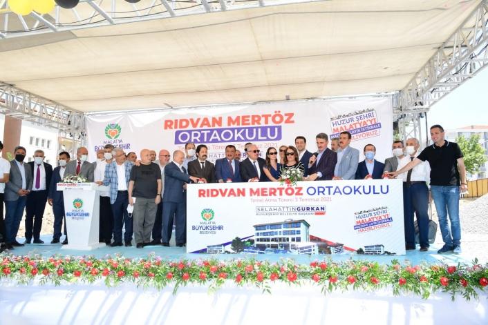 Rıdvan Mertöz ortaokulu temel atma töreni yapıldı