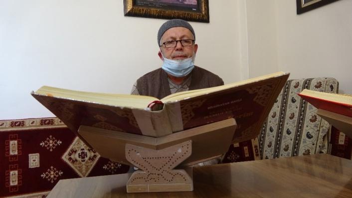 Şehit babası, Kuran-ı Kerim okuyarak hayata tutundu
