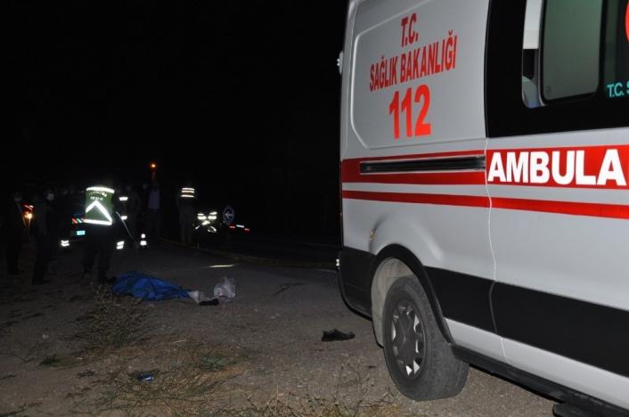 Servis minibüsünün çarptığı yaşlı adam hayatını kaybetti