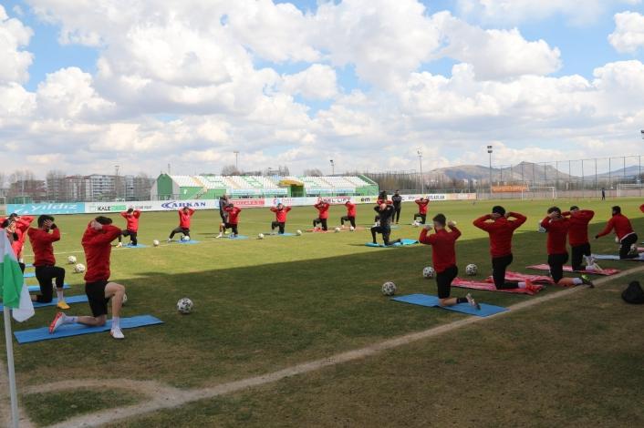 Sivas Belediyespor´da Kırşehir maçı hazırlıkları sürüyor