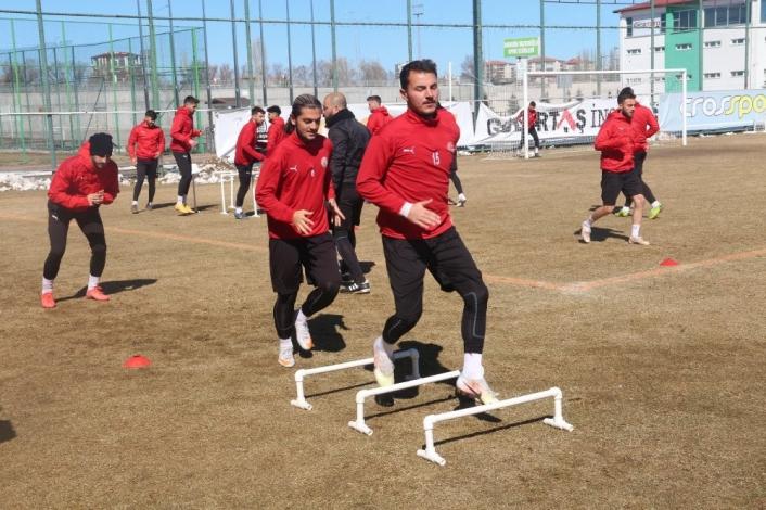 Sivas Belediyespor, Sakarya maçına hazırlanıyor