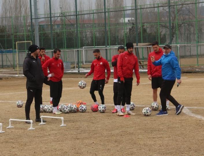 Sivas Belediyespor, Turgutlu maçına hazırlanıyor