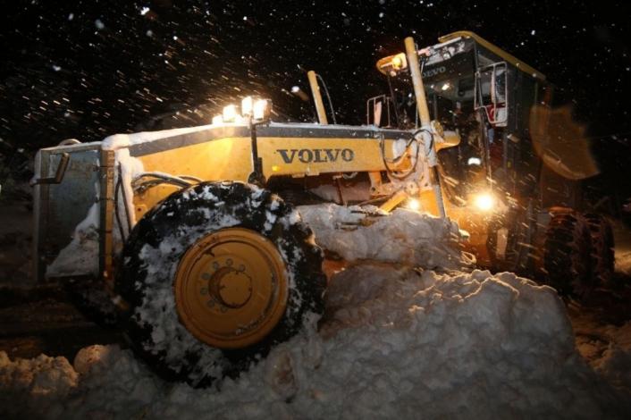 Sivas´ta 388 köy yolu araç ulaşımına kapandı