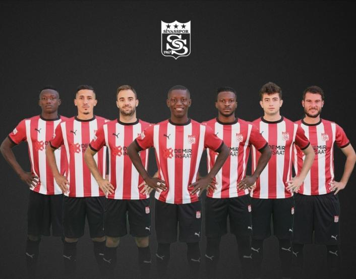 Sivasspor 7 transfer yaptı, 10 gönderdi