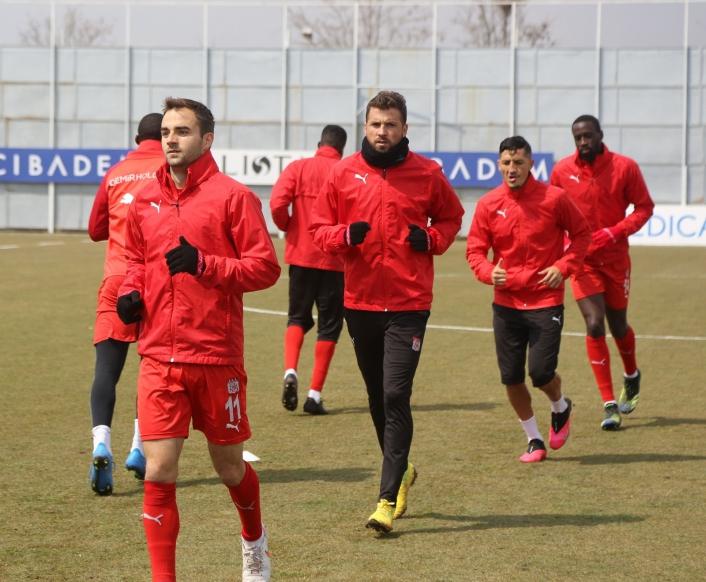 Sivasspor´da Trabzonspor mesaisi sürüyor