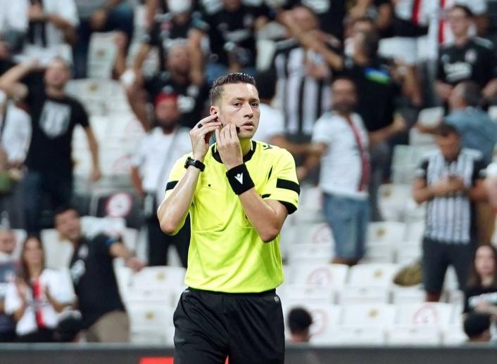 Sivasspor-Fatih Karagümrük maçının VAR´ı Zorbay Küçük