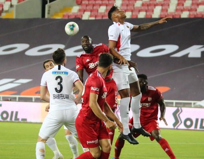 Sivasspor ile Gençlerbirliği 27. randevuda