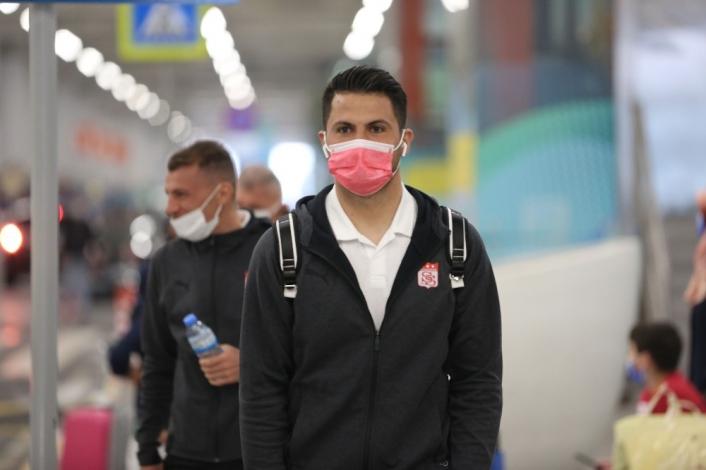 Sivasspor, kaleci Ali Şaşal´ın sözleşmesini uzattı