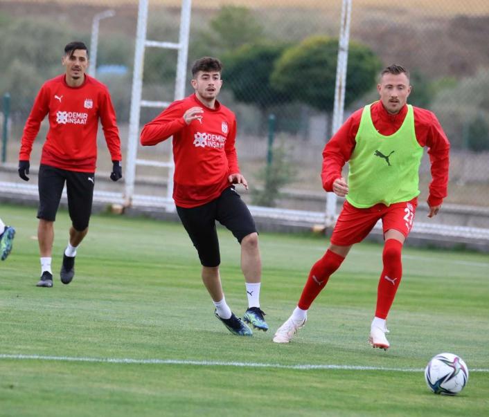 Sivasspor, Karagümrük maçının taktiğini çalıştı