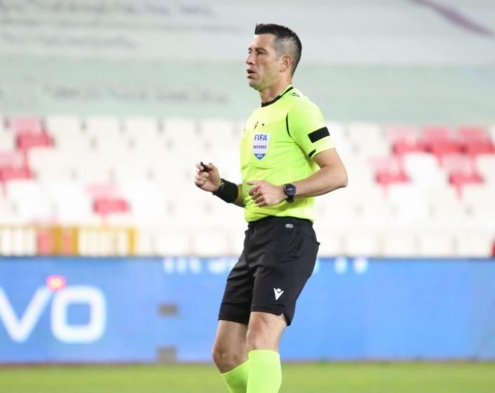 Sivasspor - Kasımpaşa maçının VAR´ı Ali Palabıyık