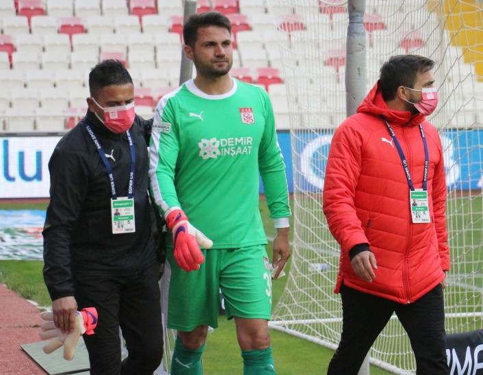 Sivassporlu kaleci Ali Şaşal 1 hafta sahalardan uzak kalacak