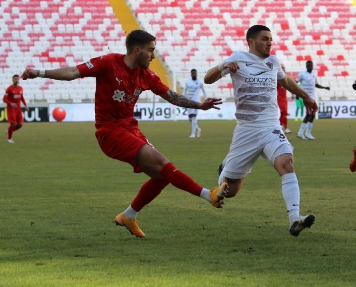 Süper Lig: DG Sivasspor: 0 - A.Hatayspor: 0 (Maç devam ediyor)