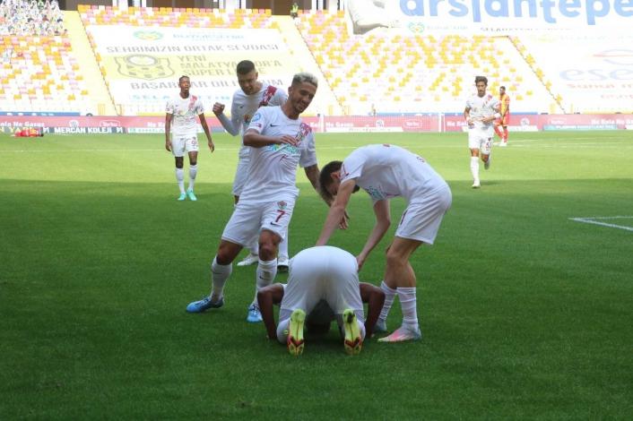 Süper Lig: Yeni Malatyaspor: 0 - Hatayspor: 1 (İlk yarı)