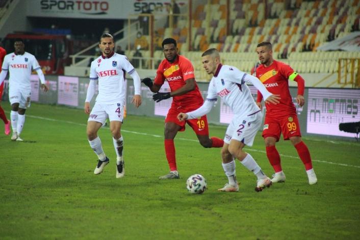 Süper Lig: Yeni Malatyaspor: 0 - Trabzonspor: 0 (İlk yarı)