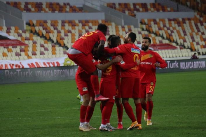 Süper Lig: Yeni Malatyaspor: 1 - Kasımpaşa: 0 (İlk yarı)